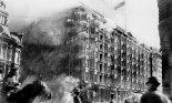 San Francisco, Palace Hotel on fire, during earthquake and fire, California, April 18, 1906.