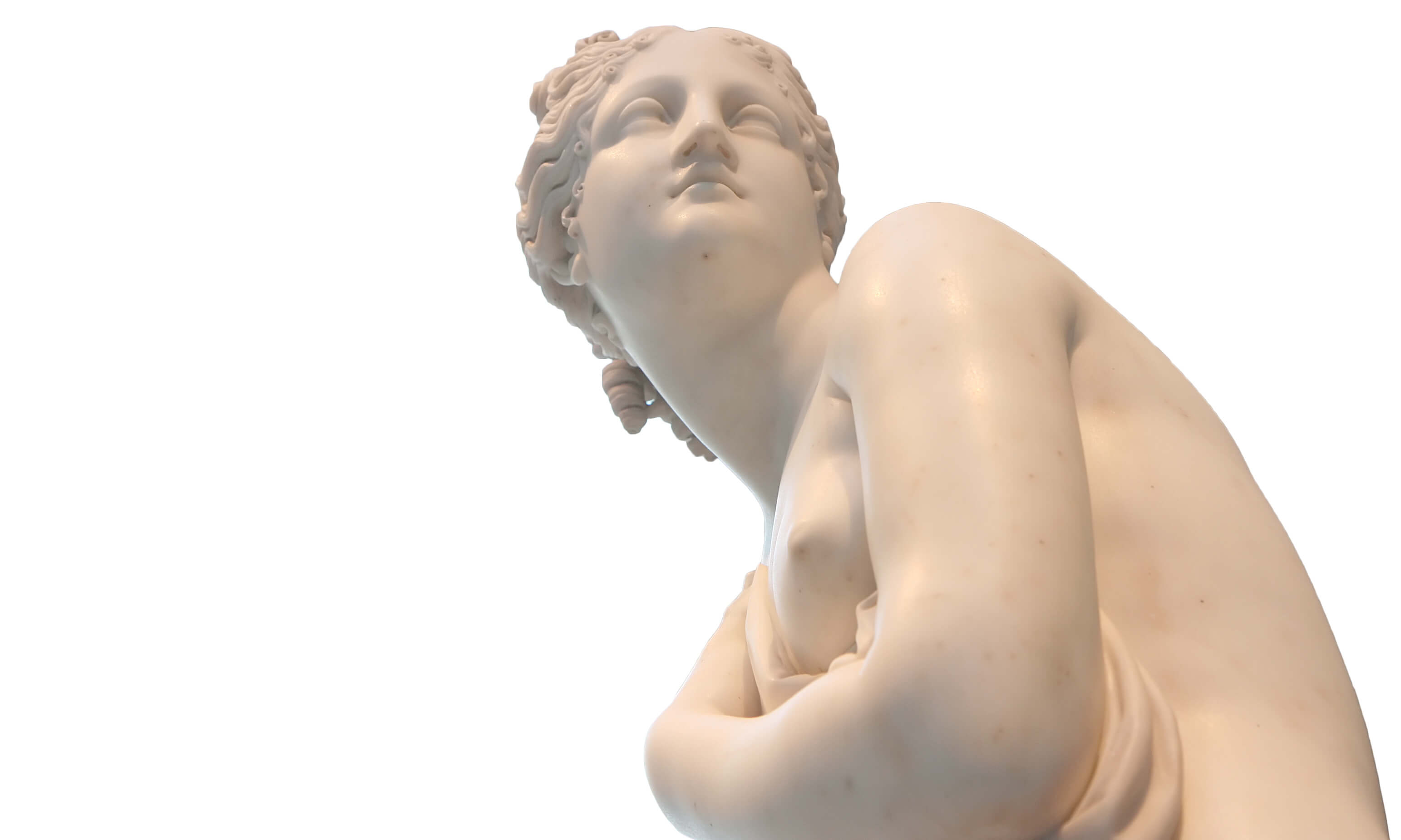 Roman woman marble statue