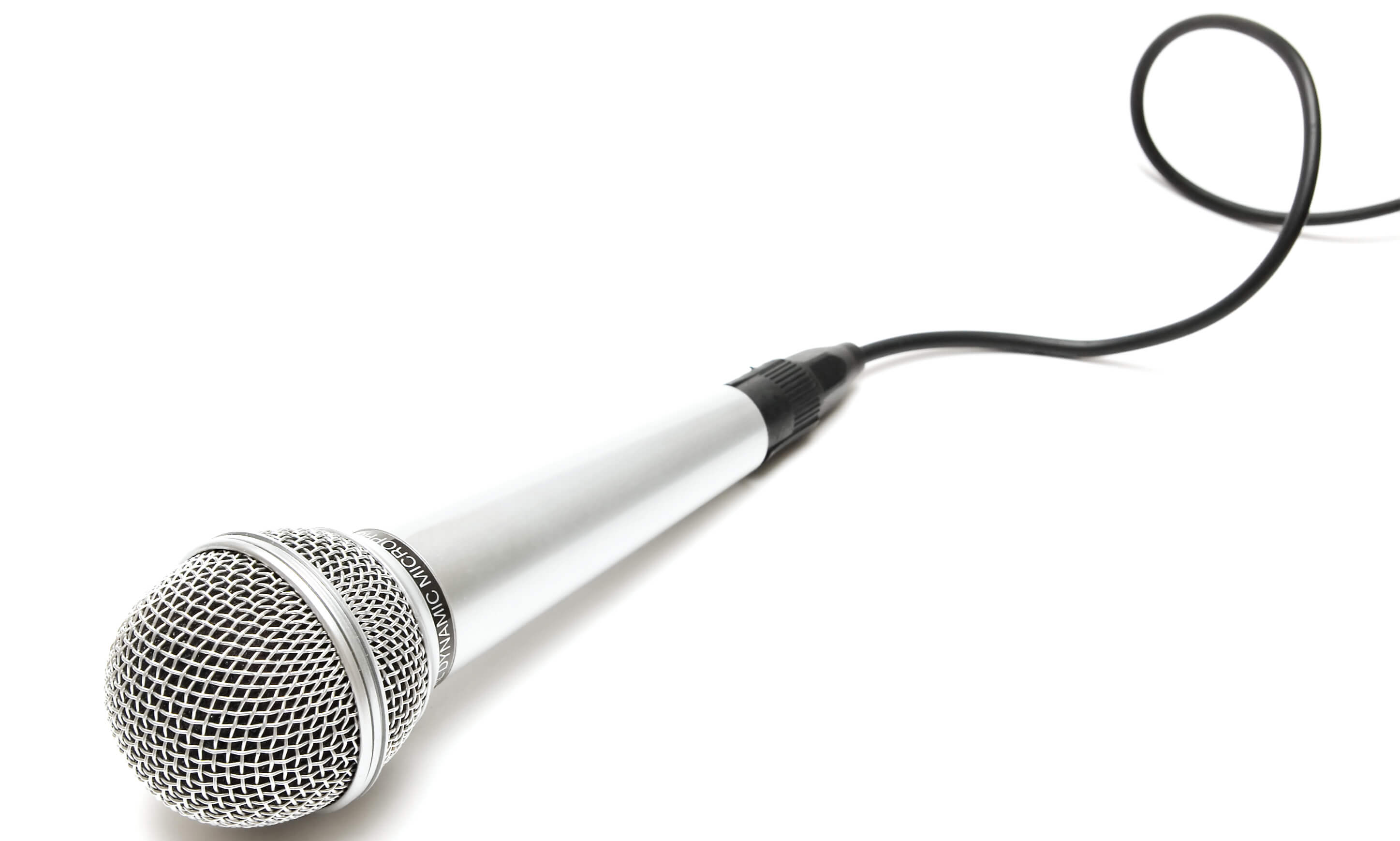 Microphone with curly cable in diagonal composition