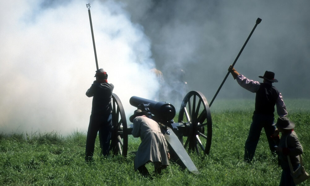 Reenactment of artillery firing during Civil War battle