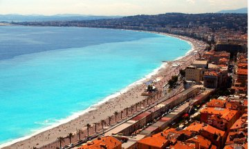 Scenic overlooks, Trees, Cities and towns, Nice (France), Buildings, Cityscapes, Beaches, Coastlines, Capes (Coasts), Bays, Seas, Mediterranean Sea, Bodies of water, Horizon, Sky, Clouds