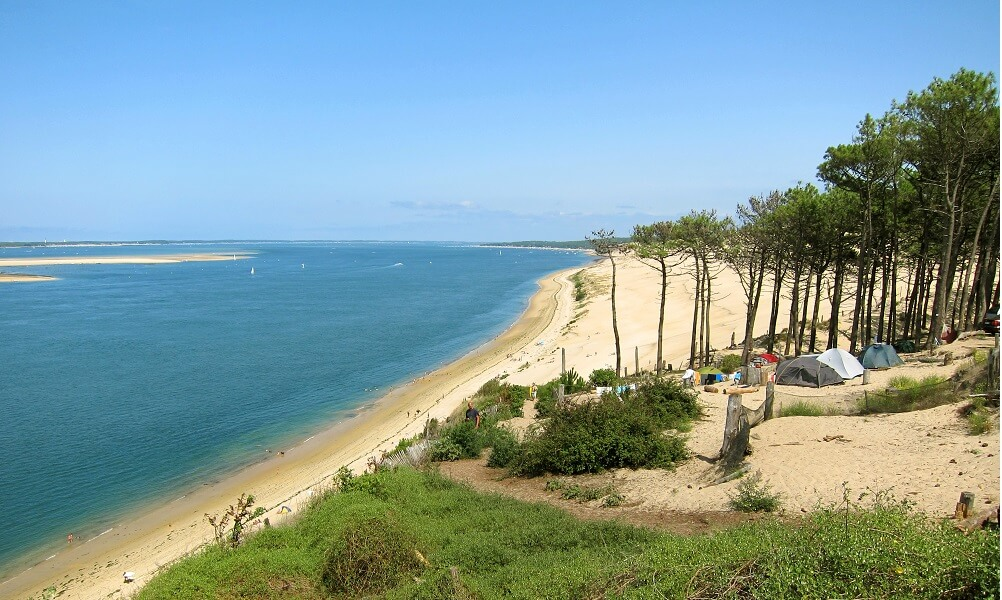 Camping by beach, Bassin d'Arcachon, France