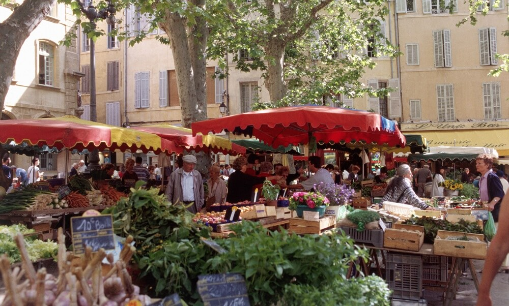 Europe, France, Provence, French, Mediterranean, Place Richelme, Aix-en-Provence, markets, stalls, stands, vegetables, food, outdoors,