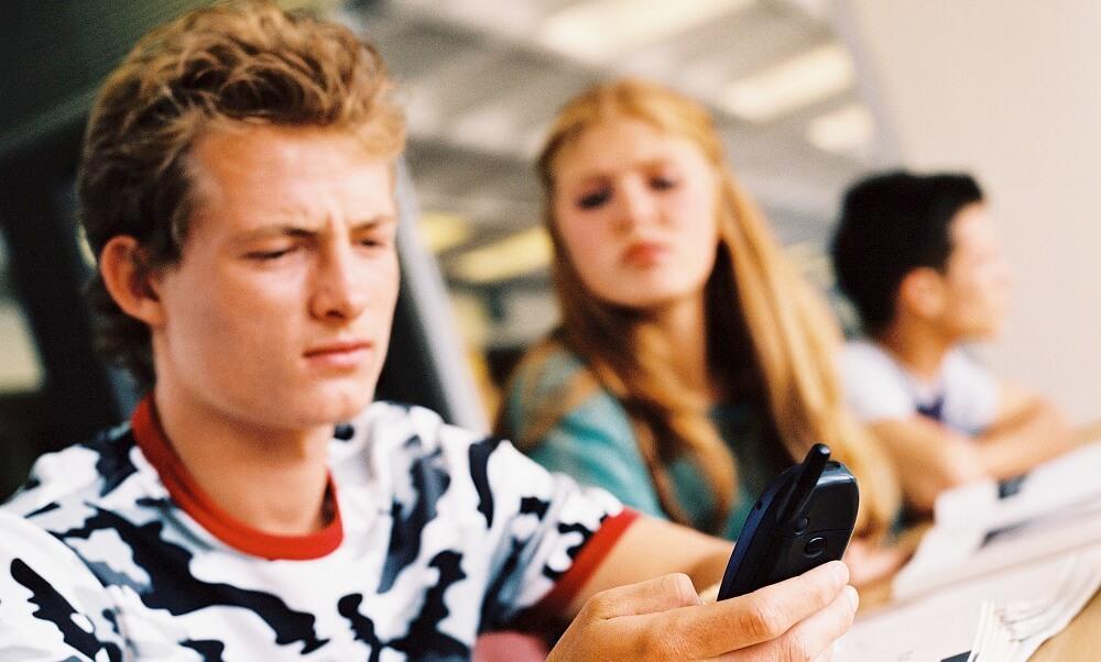 teens, teenagers, high school, boys, girls, classrooms, cell phones,