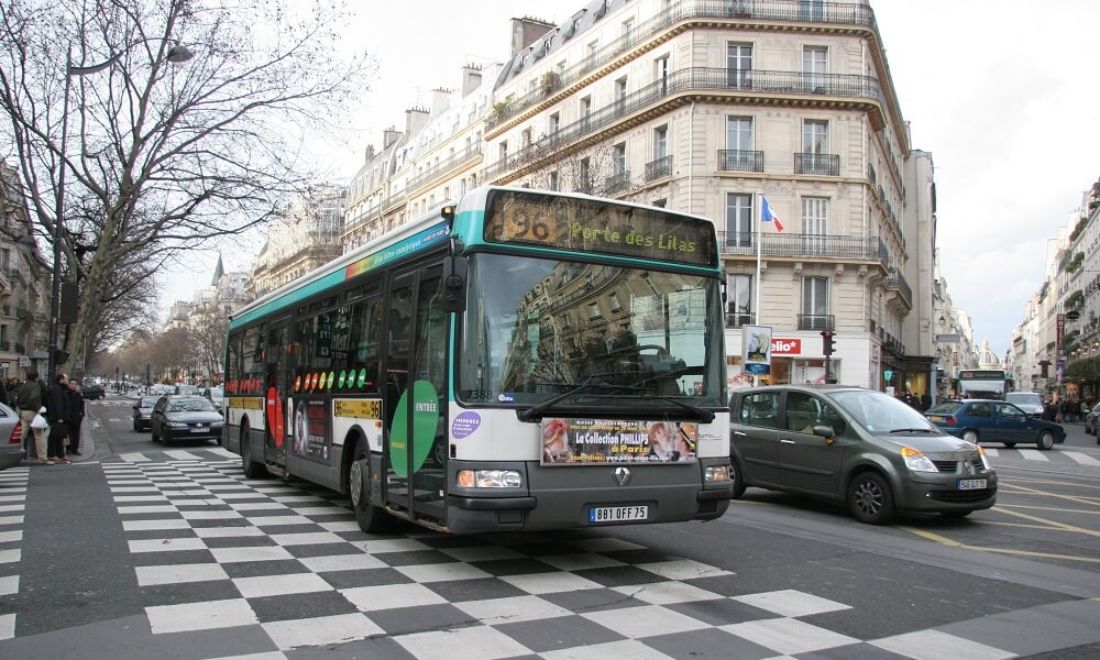 A bus on the streets of Paris