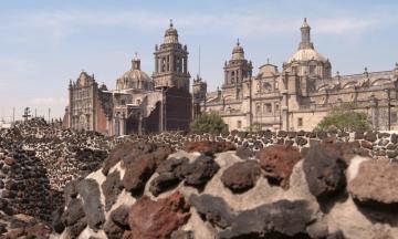 La Plaza de las Tres Culturas, Mexico
