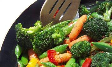 Vegetable stir fry in saute pan